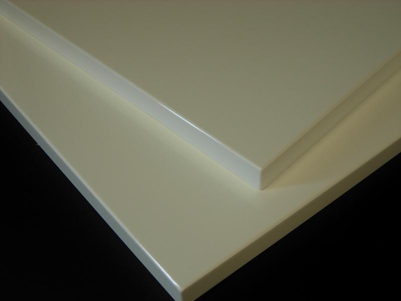 Pannelli bianchi laccati